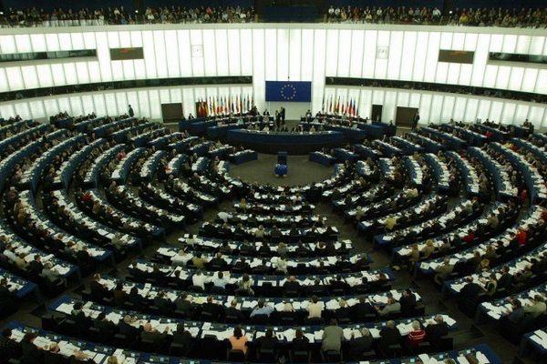 Les 766 députés européens réunis en assemblée plénière au parlement de Strasbourg