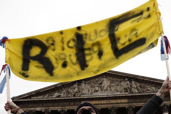 Revendication prépondérante des Gilets jaunes, le Référendum d'initiative populaire pourrait être utilisé dans les 3 départements picards dans de nombreux domaines.