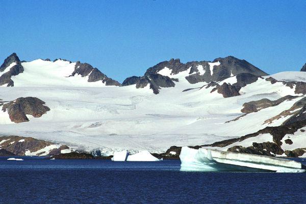 Des décors de glace attendent les 20 skippers de la course Vendée-Arctique-Les Sables d'Olonne