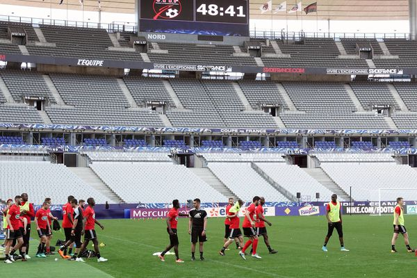 L'entraînement de l'équipe des Herbiers, lundi 7 mai 2018, à la veille de la finale de la Coupe de France face au PSG.