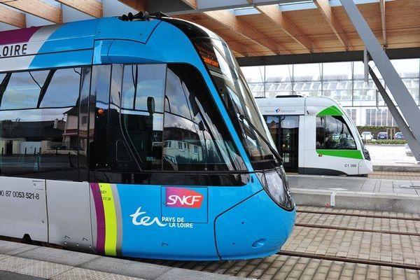 Station Haluchère-Batignoles, tram et tramtrain se donnent rendez-vous pour des correspondances faciles