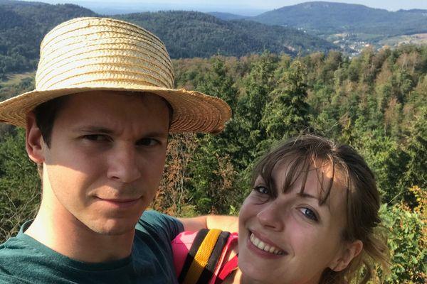 Manon Vrancken et Bastien Sidoli lors d'une balade en Forêt-Noire.