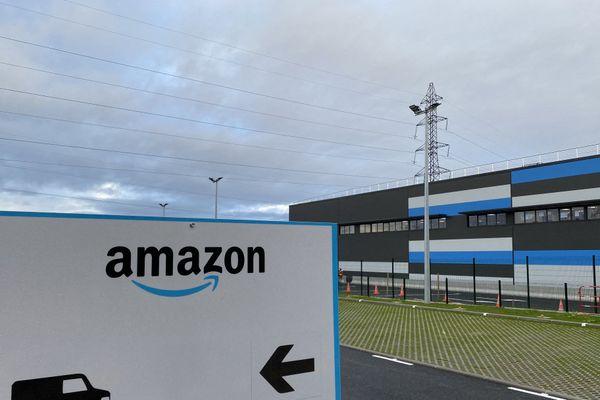 Ouvert en octobre 2020, l'entrepôt logistique d'Amazon se situe dans le secteur de Seynod, à Annecy en Haute-Savoie.