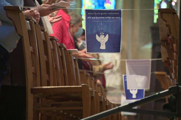 Messe de la Pentecôte à la cathédrale Saint-Jean de Besançon pendant le déconfinement