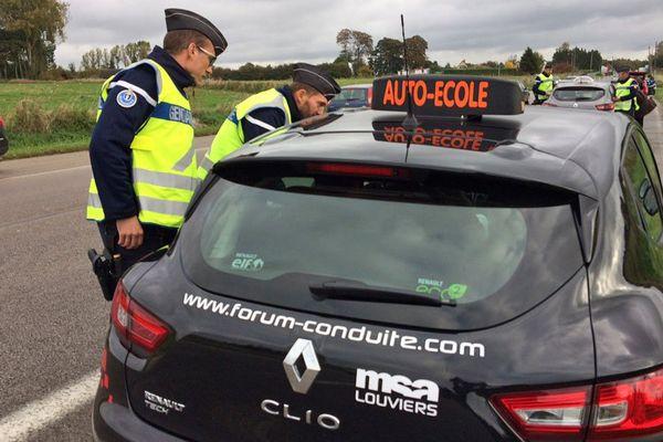 Les cours de conduite sont bien ouverts à tous en période de confinement. Rassurant pour la Seine-Maritime et l'Eure.