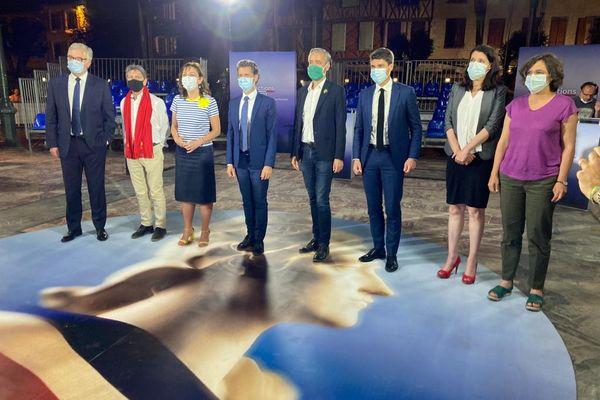 Régionales 2021 en Occitanie : 8 candidats sur 9 ont participé au grand débat du premier tour - Jean-Paul Garraud (RN), Jean-Luc Davezac (Occitanie écologiste et citoyenne), Carole Delga (PS), Vincent Terrail-Novès (DVD/LREM), Antoine Maurice (EELV), Aurélien Pradié (LR-UDI-LC), Myriam Martin (LFI), Malena Adrada (LO) - 9 juin 2021.