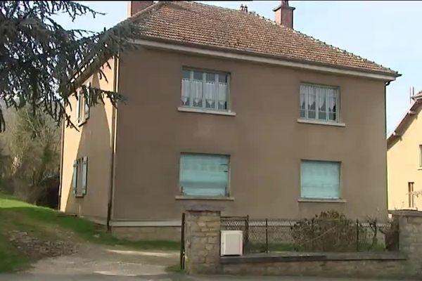 La victime vivait dans cette maison à Vaivre-et-Montoille en Haute-Saône
