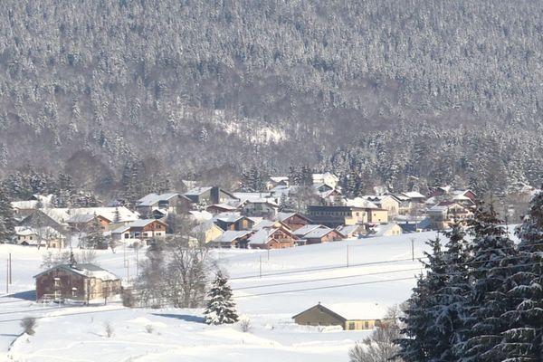 Un épisode neigeux est attendu ce week-end dans le massif du Jura, et pourrait se poursuivre en début de semaine.