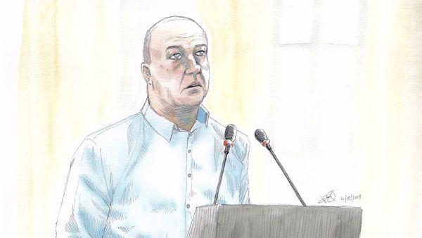 Willy Bardon au pupitre lors de son procès.