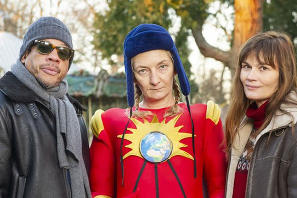 Corinne Masiero avec Joey Starr et Marina Hands