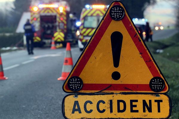 Illustration : secours des sapeurs-pompiers aux victimes d'accident