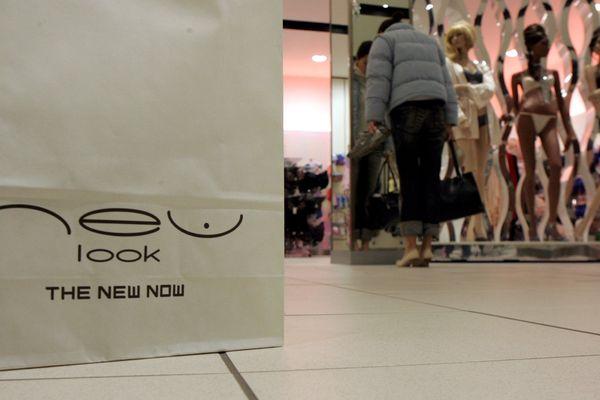A son arrivée en France en 2007, l'enseigne britannique voulait concurrencer le suédois H&M. Elle n'aura donc pas réussi à s'imposer face au géant scandinave.
