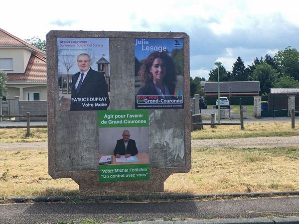 Affiches des candidats au second tour des municipales 2020 à Grand-Couronne