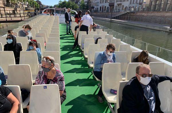 Le port du masque est désormais obligatoire sur les bateaux.