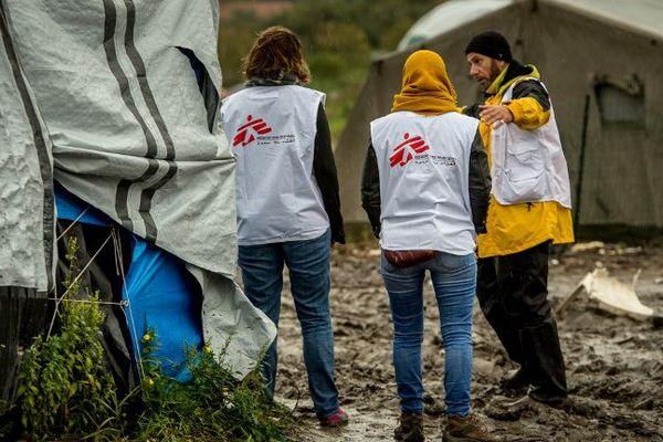 """Les membres de MSF interviennent notamment dans la """"Jungle"""" de Calais."""