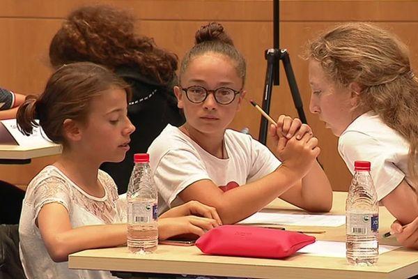 """""""Tape m'en 5, c'est pour écrire"""" - Finale du concours d'écriture pour les collégiens de Charente-Maritime"""