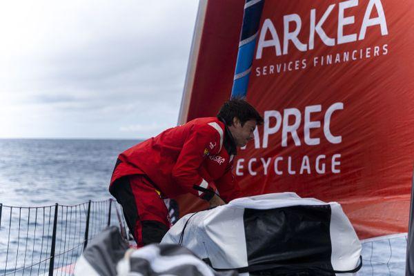 Sébastien Simon à bord d'Arkéa Paprec