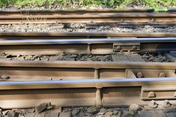 Le rail était manquant sur un mètre.