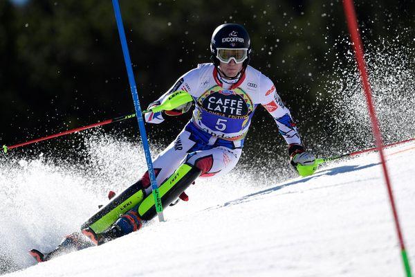 Le Français Clément Noël lors de la première manche du slalom de la Coupe du monde de ski alpin FIS, le 17 mars 2019 à Grandvalira Soldeu en Andorre.