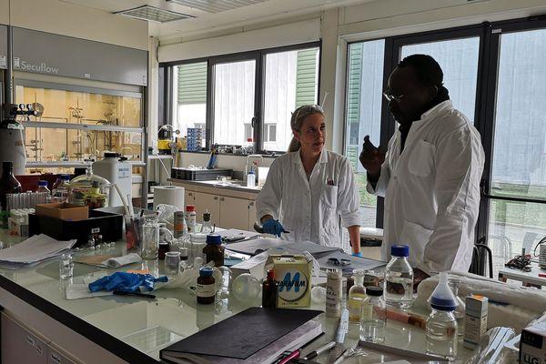 Jean-Jacques Youte a remporté une précédente édition du New Deal organisé par le Biopole Clermont Limagne. Avec son associée, Audrey Serre, il prépare un nouveau médicament contre le cancer.