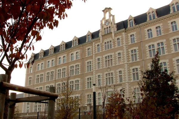 Palais de justice - POITIERS