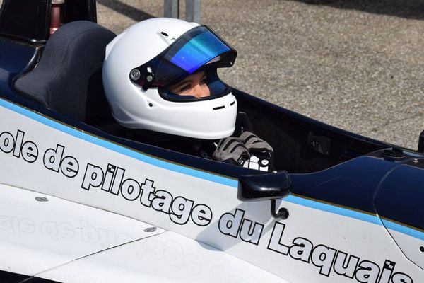 A 16 ans, Angélina Favario veut être la pilote qui donnera un virage féminin à la Formule 1.