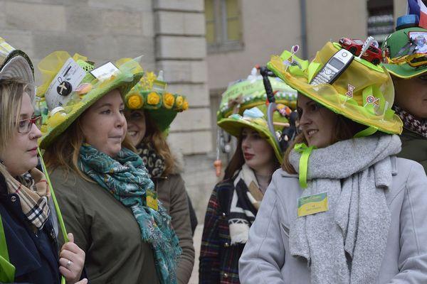 En 2019, 19 jeunes femmes ont participé au concours de la Sainte-Catherine.
