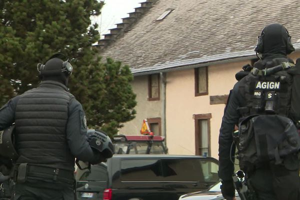 Le GIGN a mené l'assaut à Horgues (Hautes-Pyrénées) à 9h30 dimanche 17 janvier.