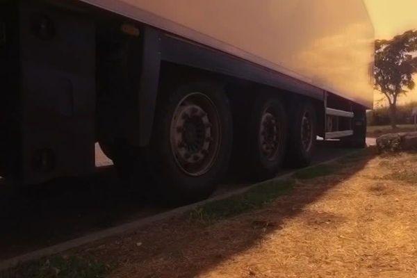Le routier est abattu alors qu'il stationnait sur une aire de repos après avoir roulé pendant quatre heures.