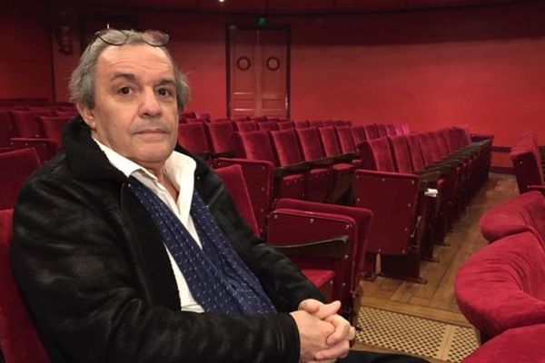 Amédée Zapparata, directeur technique du théâtre Jean Vilar de Saint-Quentin, désormais confiné dans son théâtre depuis 6 semaines