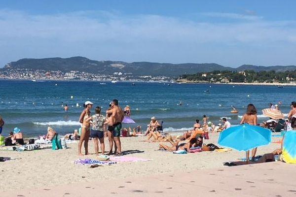 Plage de Saint-Cyr-Sur-Mer dernier jour des vacances scolaires