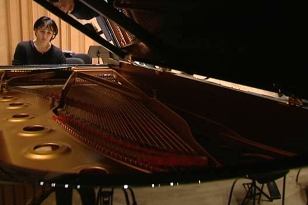 La pianiste Marie-Josèphe Jude jouera avec l'Orchestre Poitou-Charentes à Châtellerault et Rochefort.