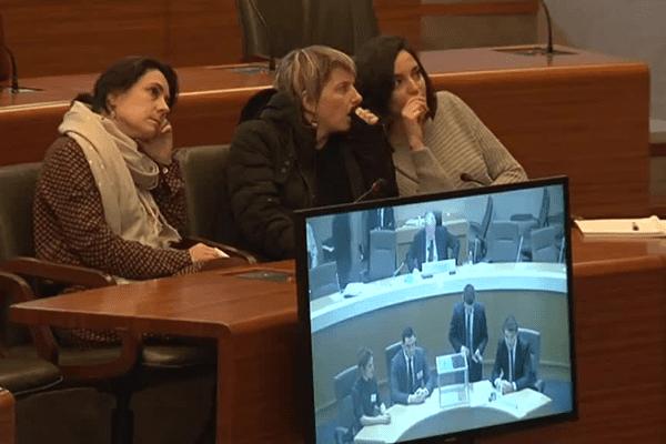 La première séance du nouveau conseil régional Aquitaine Limousin Poitou-Charentes a été suivie attentivement dans l'ancien hémicycle de Limoges.