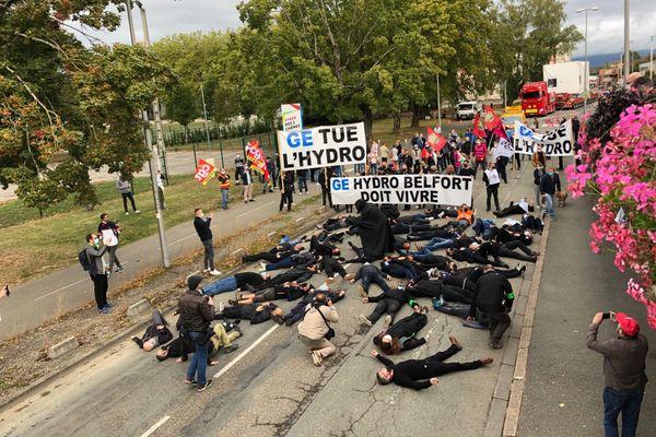 Des salariés de General Electric ont organisé une action ce jeudi 24 septembre à Belfort.