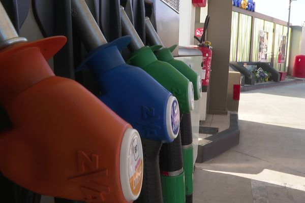 Illustration augmentation des prix du carburant.