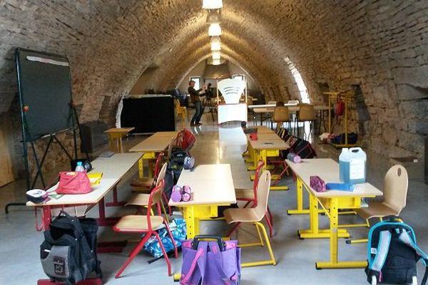 Les 17 enfants de l'école du Larzac seront accueillis dans cette ancienne bergerie jusqu'au grandes vacances.
