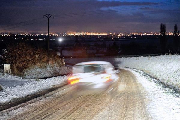 Ce vendredi matin, neige à Godewaersvelde.