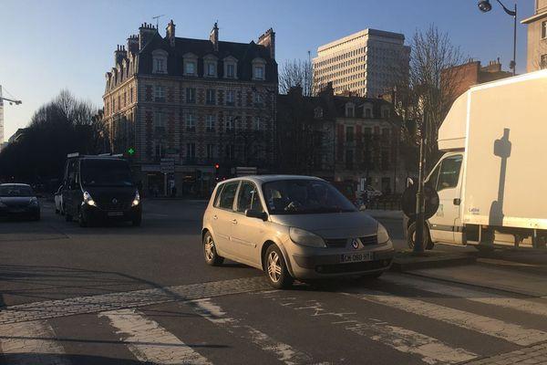 Les conducteurs rennais seront bientôt soumis à la vignette obligatoire dans le cas de pics de pollution