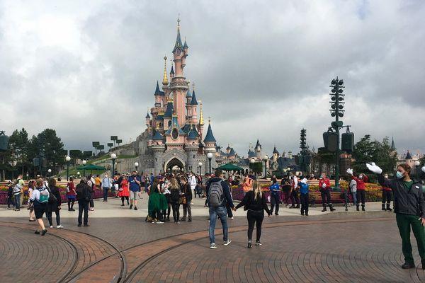 Disneyland Paris rouvrira ses portes le 17 juin.