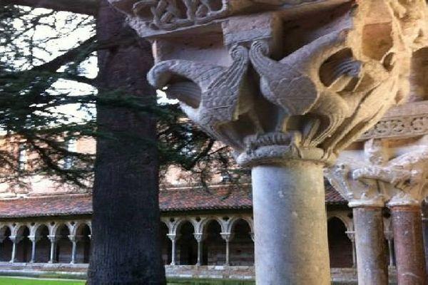L'abbaye de Cluny, en Saône-et-Loire, fut le centre d'une communauté qui rayonna dans tout l'Occident.