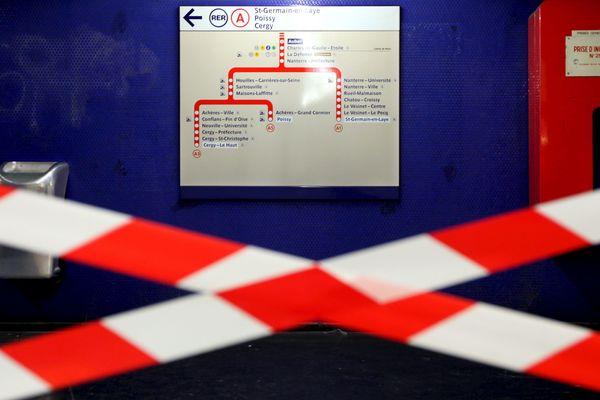 """Un """"incident technique"""" a provoqué l'arrêt de la circulation du RER A entre les stations Auber et Nation."""