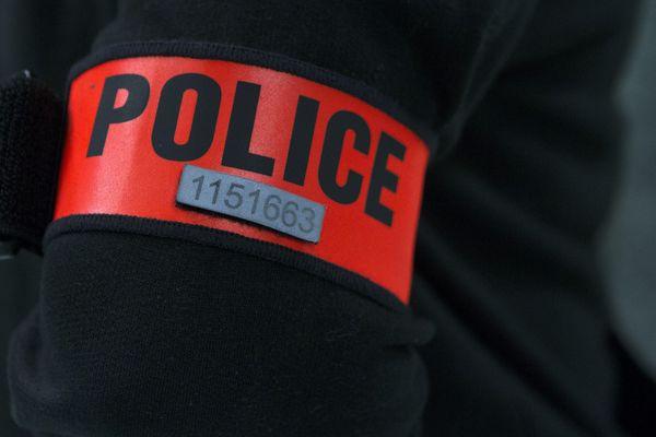 Un gérant de bar a été tué dans la nuit de mardi à mercredi à Saint-Denis après avoir refusé de servir un client ivre.