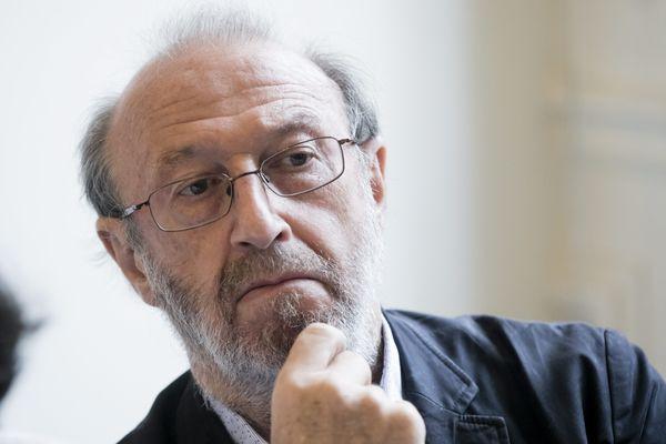 André Cicolella est le président fondateur du Réseau Environnement Santé