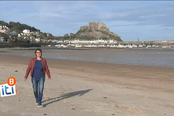 Au pied du château de Montorgueil sur l'île de Jersey