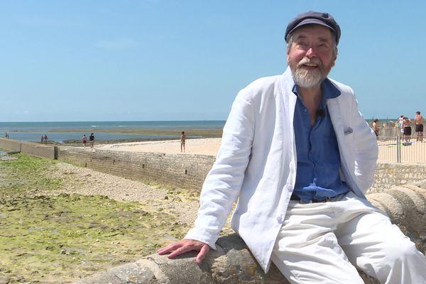 """Pierre Wiazemsky, alias Wiaz, se sent comme """"au bout du monde"""" à Ars-en-Ré (Charente-Maritime)."""