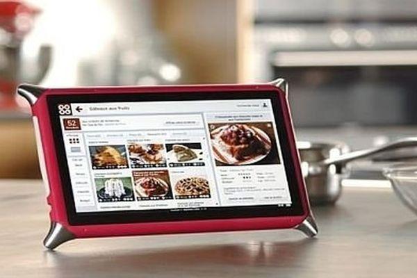 La tablette culinaire Qooq, fabriquée à Montceau