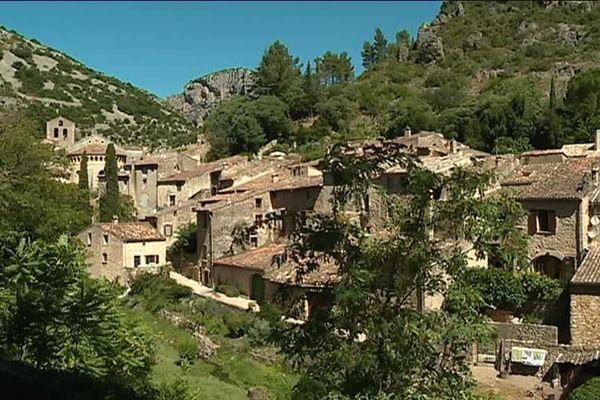 Le village de Saint-Guilhem-le-Désert dans l'Hérault s'apprête à accueillir jusqu'à 3500 personnes par jour - 3 juillet 2017