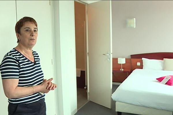Dans les chambres, certains coureurs ont demandé à pouvoir retirer les matelas de l'hôtel, pour installer leurs propres matelas