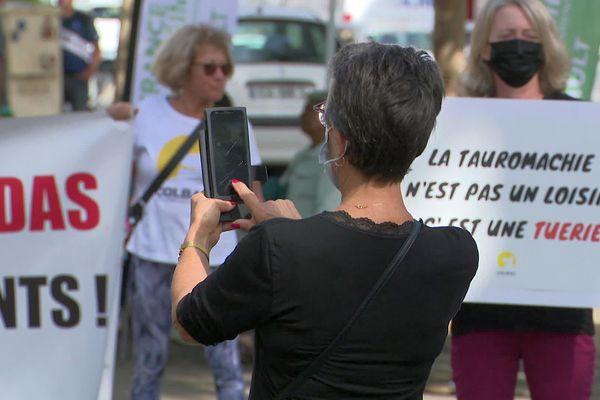 Béziers : Les militants dénoncent un spectacle sanguinaire, non adapté au jeune public - 24 septembre 2021.