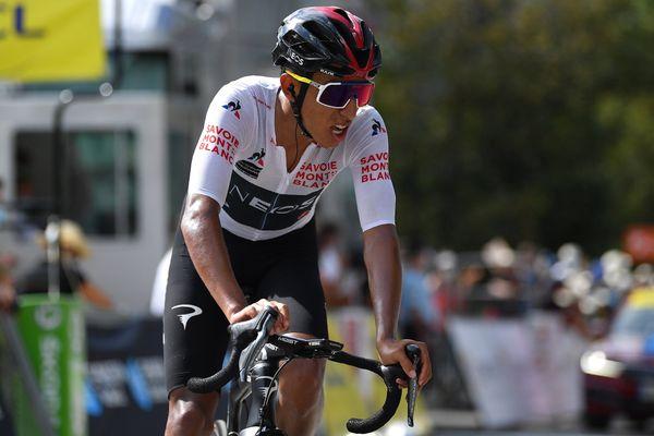 Egan Bernal sur la ligne d'arrivée de la troisième étape du Critérium du Dauphiné, le 14 août 2020.